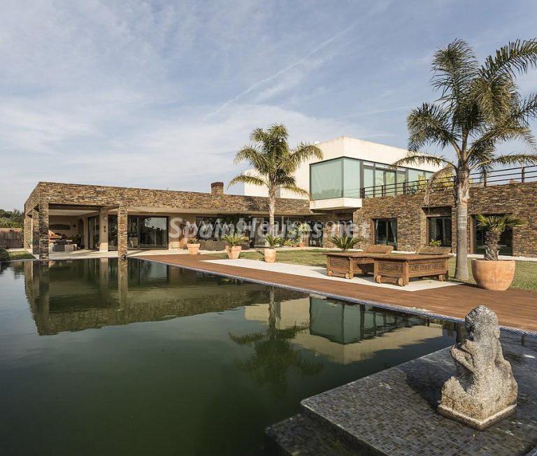 Vivir rodeado de naturaleza es posible en esta fantástica casa en Girona
