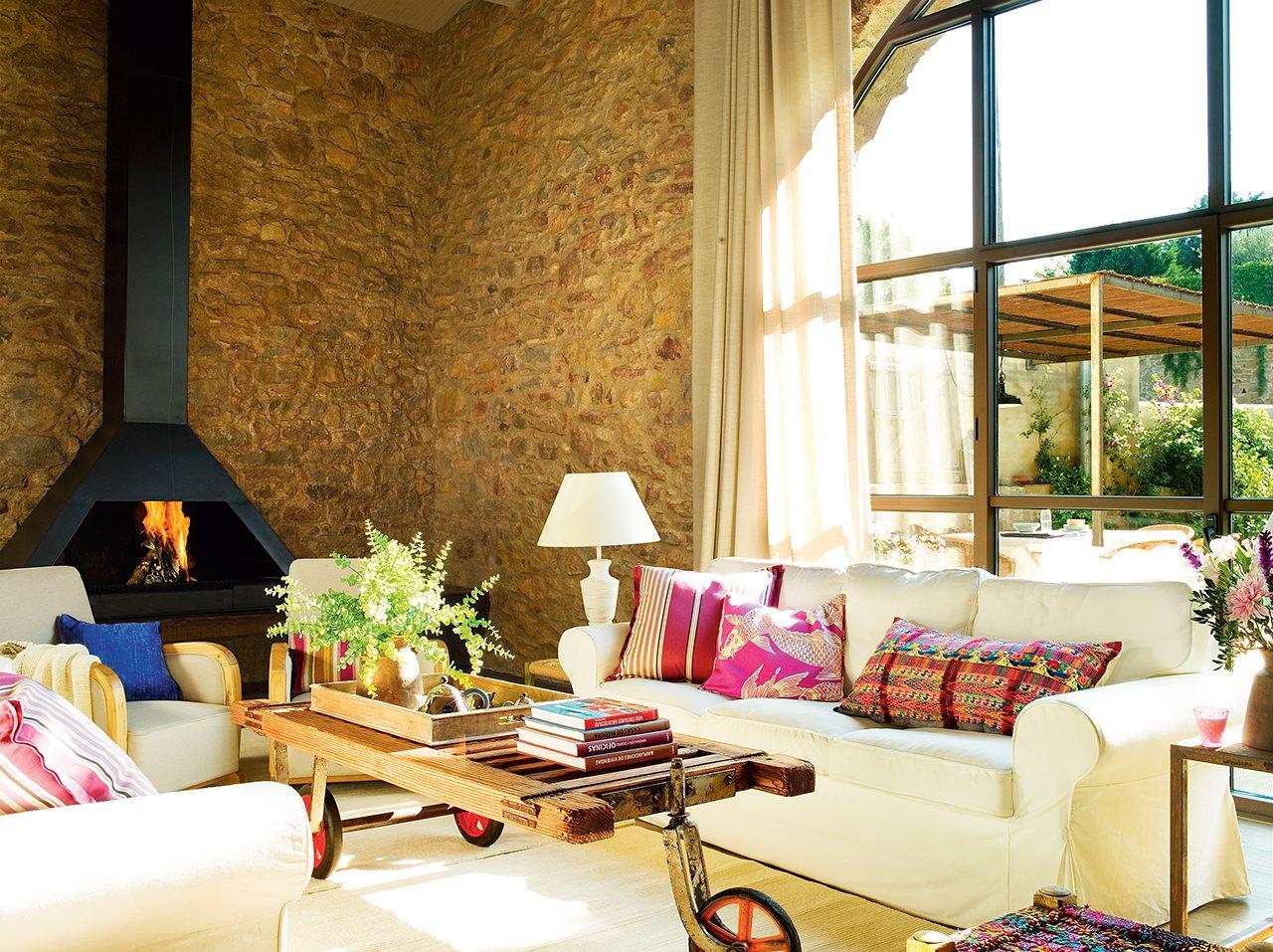 331 - De antiguo pajar a una casa con verdadero encanto en la costa del Ampurdán (Girona)