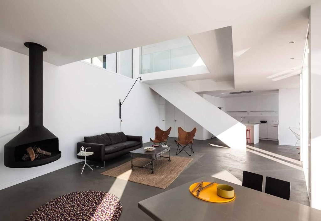 """414 - """"Casa Girasol"""" en Costa Brava, o las múltiples y geniales vistas entre la montaña y el mar"""