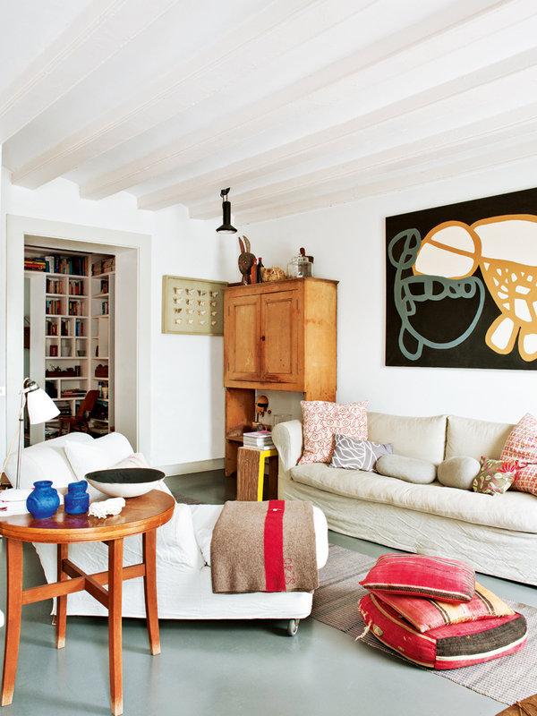421 - Toque cosmopolita y un patio interior encantador en un piso en el Gòtic de Barcelona