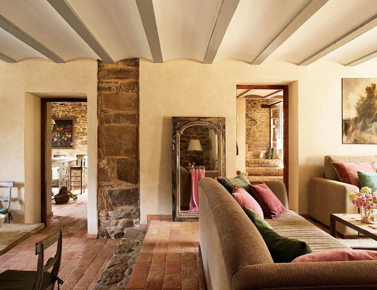 423 - Masía del s. XVI reconvertida en espectacular casa rural en La Garrotxa, Girona