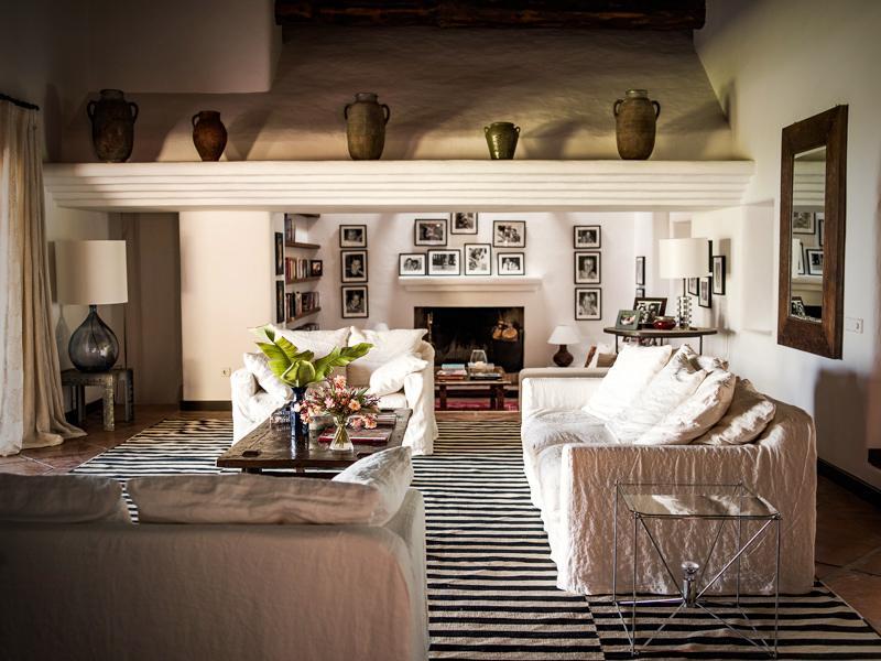 "426 - Preciosa casa con un armonioso y cálido ambiente ""chill out"" en Cala D´Hort, Ibiza"