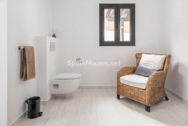 """46353 2170858 foto 566264 600x401 - Esta villa en Marbella presenta la decoración """"soft"""" perfecta para todo tipo de hogar"""