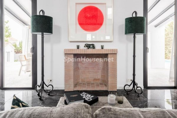 """46353 2170858 foto 951730 600x401 - Esta villa en Marbella presenta la decoración """"soft"""" perfecta para todo tipo de hogar"""