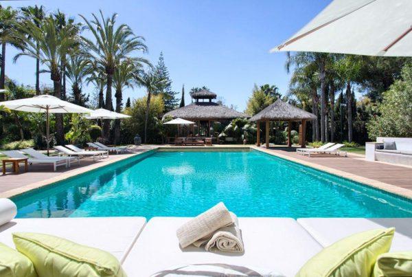 46476090 2335508 foto 273866 600x403 - Auténtica villa de estilo europeo en San Pedro de Alcántara, Marbella