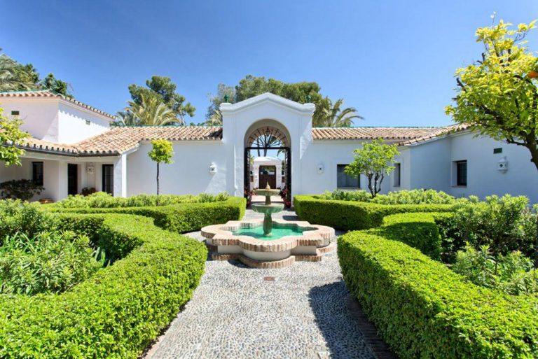Auténtica villa de estilo europeo en San Pedro de Alcántara, Marbella
