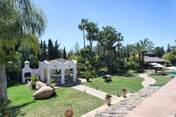 46476090 2335508 foto 427890 600x400 - Auténtica villa de estilo europeo en San Pedro de Alcántara, Marbella