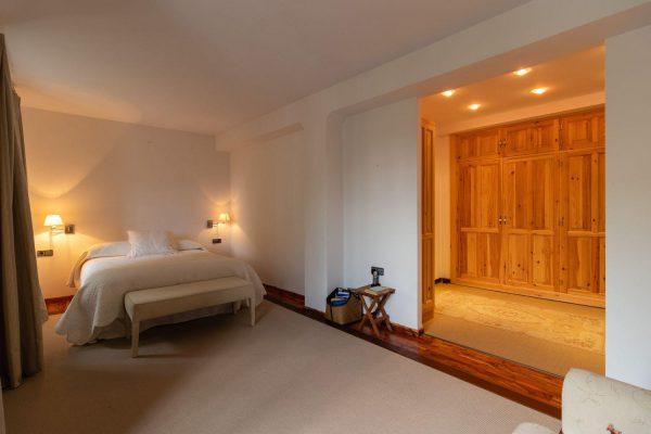 46775 2389063 foto 325663 600x400 - El refugio perfecto en una casa en la zona más tranquila de España