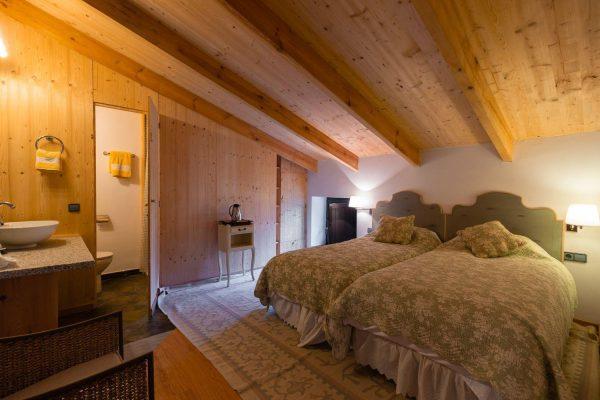 46775 2389063 foto 394417 600x400 - El refugio perfecto en una casa en la zona más tranquila de España