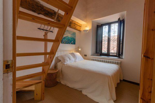 46775 2389063 foto 542862 600x400 - El refugio perfecto en una casa en la zona más tranquila de España