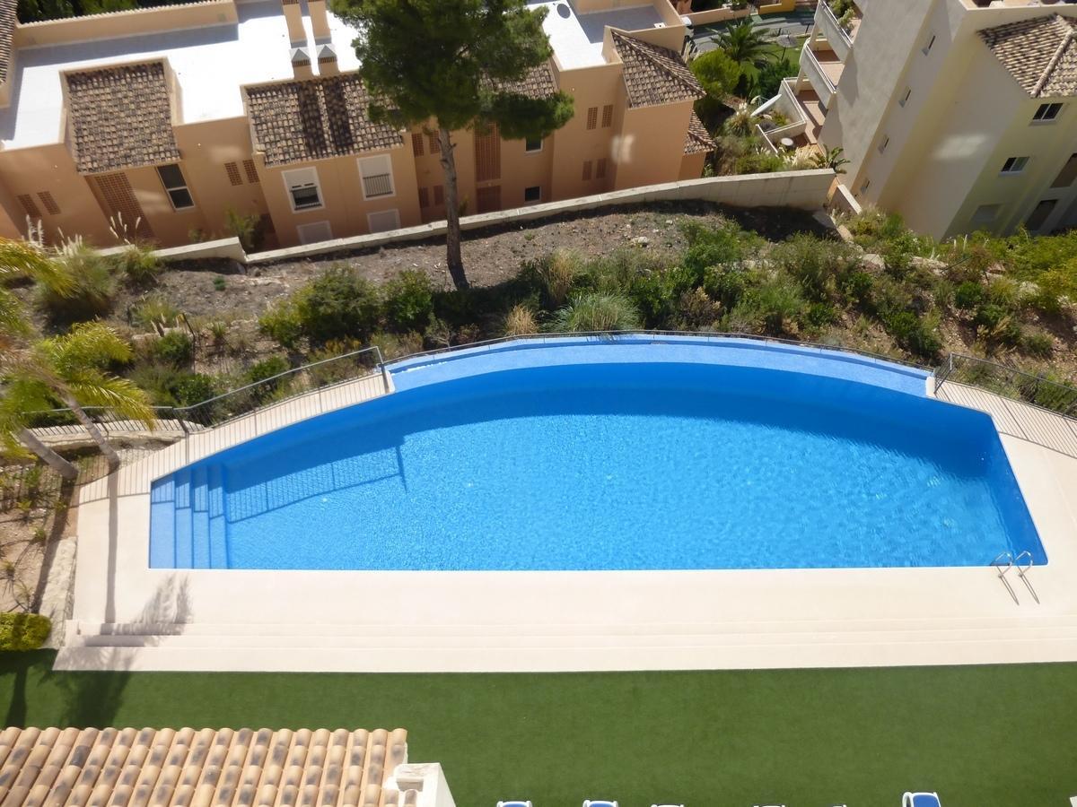 46920 3071837 foto 047125 - Altea Hills: Descubre este ático de estructura moderna y diseño lujoso con vistas al mar en Costa Blanca (Alicante)