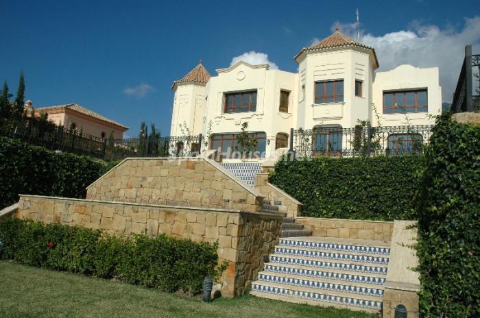 48816 484361 foto3175528 - La casa de Ronaldiño. Un lujo al alcance de pocos.