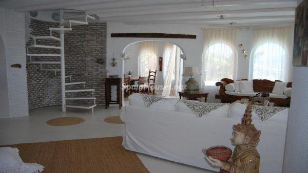49335 2014903 foto 659268 600x338 - La villa perfecta para los amantes de lo exótico en Salobreña, Granada