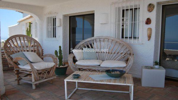 49335 2014903 foto 819975 600x338 - La villa perfecta para los amantes de lo exótico en Salobreña, Granada