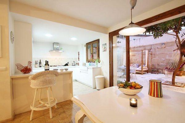 49494 2084886 foto 065409 600x400 - Descubre el encanto de esta casa tradicional mallorquina en Pollença, Baleares