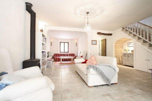 49494 2084886 foto 135303 600x400 - Descubre el encanto de esta casa tradicional mallorquina en Pollença, Baleares