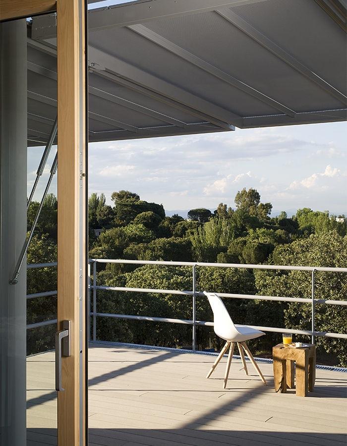 5 20 - Casa futurista o bella nave espacial para vivir en La Moraleja (Alcobendas, Madrid)