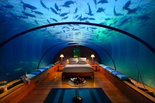 500x conradmaldivesunderwatersuitenight - Casas submarinas