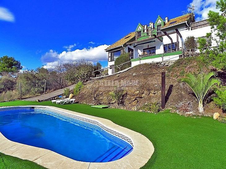 51743606 2609554 foto 700056 - Casas veraniegas con piscina en la Costa del Sol