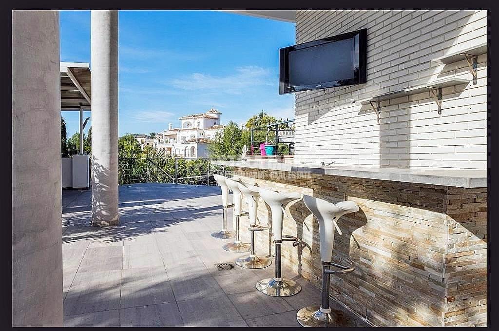 51743606 2793367 foto 654215 1024x679 - Disfruta del encanto de Nerja en esta villa con  3 casas independientes. Diseñada para disfrutar en familia