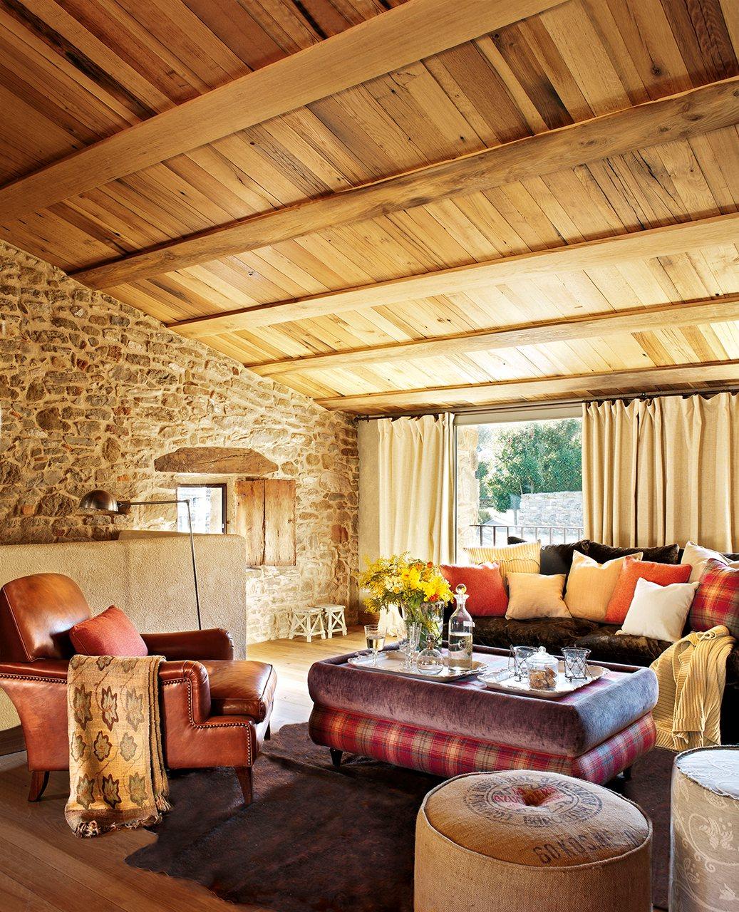 523 - Masía del s. XVI reconvertida en espectacular casa rural en La Garrotxa, Girona