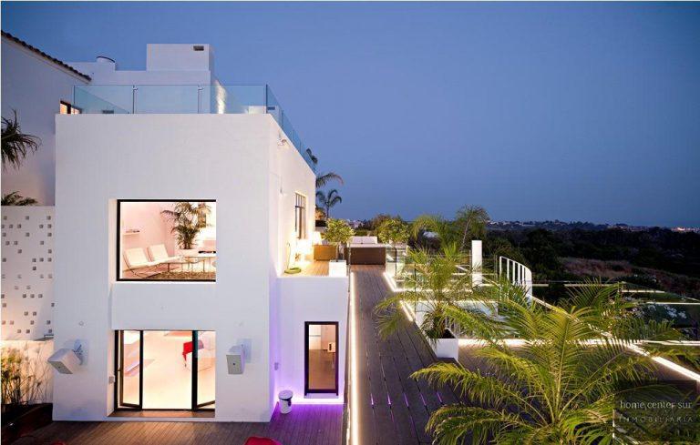 El arquitecto Miguel Tobal reinventó el diseño y la vanguardia con esta villa en Marbella