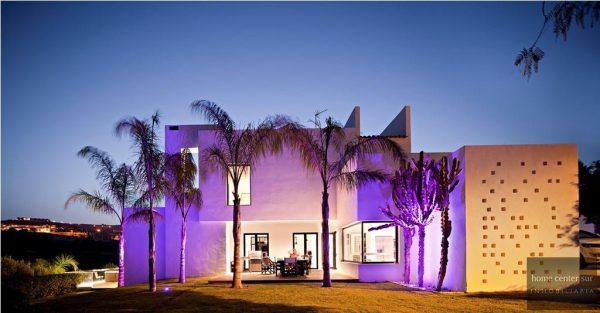 52724 1749334 foto 929112 600x313 - El arquitecto Miguel Tobal reinventó el diseño y la vanguardia con esta villa en Marbella