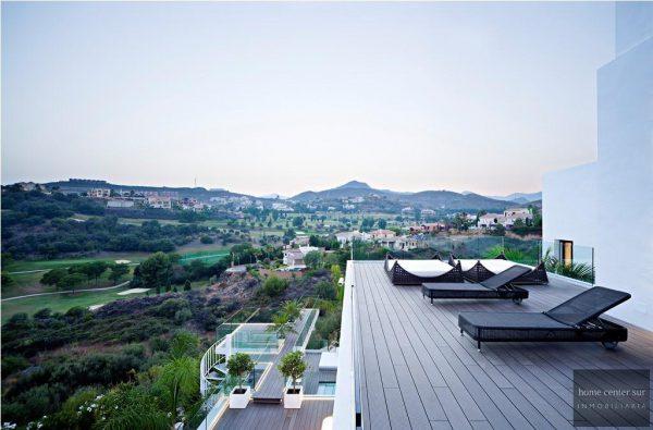 52724 1749334 foto 992007 600x395 - El arquitecto Miguel Tobal reinventó el diseño y la vanguardia con esta villa en Marbella