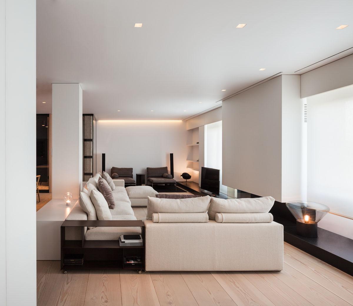 533 - Fantástico y moderno ático en Sevilla de elegante y cálido diseño minimalista
