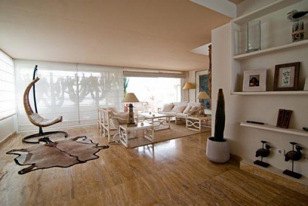 """53807 1985086 foto 350465 600x402 - El """"Beach Style"""" de este ático en Ibiza te va a conquistar"""