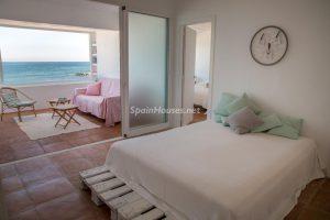 55495 1943993 foto 271737 300x200 - La villa con la que has estado soñando en Estepona