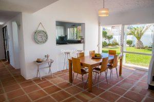 55495 1943993 foto 616906 300x200 - La villa con la que has estado soñando en Estepona