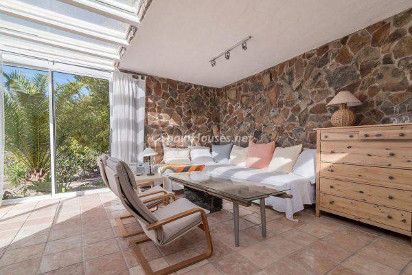 57253 2078079 foto 049655 600x400 - Descubre a través de esta casa el fantástico paisaje rural y natural de la Isla de Gran Canaria