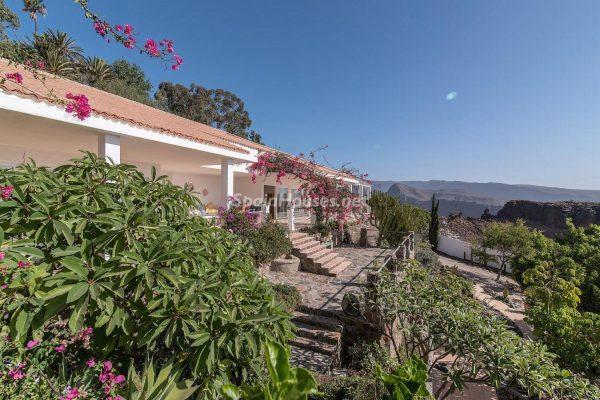 57253 2078079 foto 279157 600x400 - Descubre a través de esta casa el fantástico paisaje rural y natural de la Isla de Gran Canaria