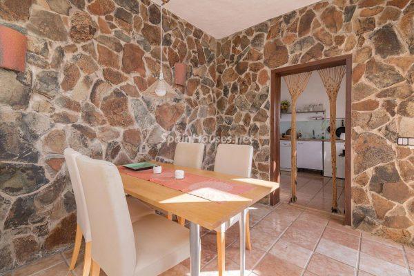 57253 2078079 foto 835095 600x400 - Descubre a través de esta casa el fantástico paisaje rural y natural de la Isla de Gran Canaria