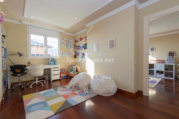 57293278 1972527 foto 382043 1 600x398 - Decora la habitación de tus hijos de forma original y sencilla