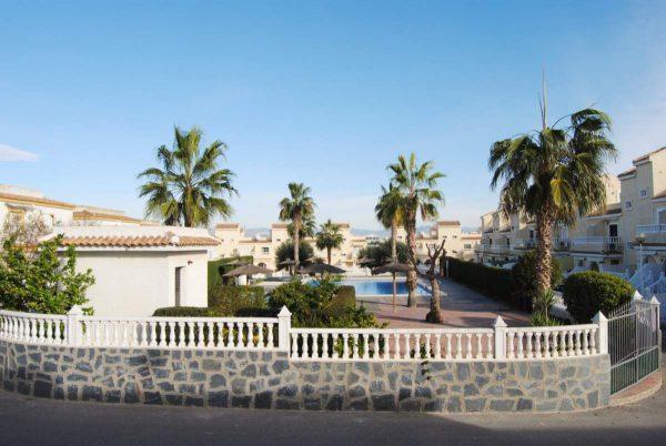 5c1d04a50ac11 600x402 - Regala una casa por Navidad!! Casas por menos de 100.000€