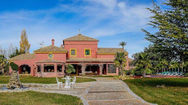 """613542 1929207 foto 211458 600x335 - Descubre Ronda desde """"La Castellana"""", una villa vacacional única"""