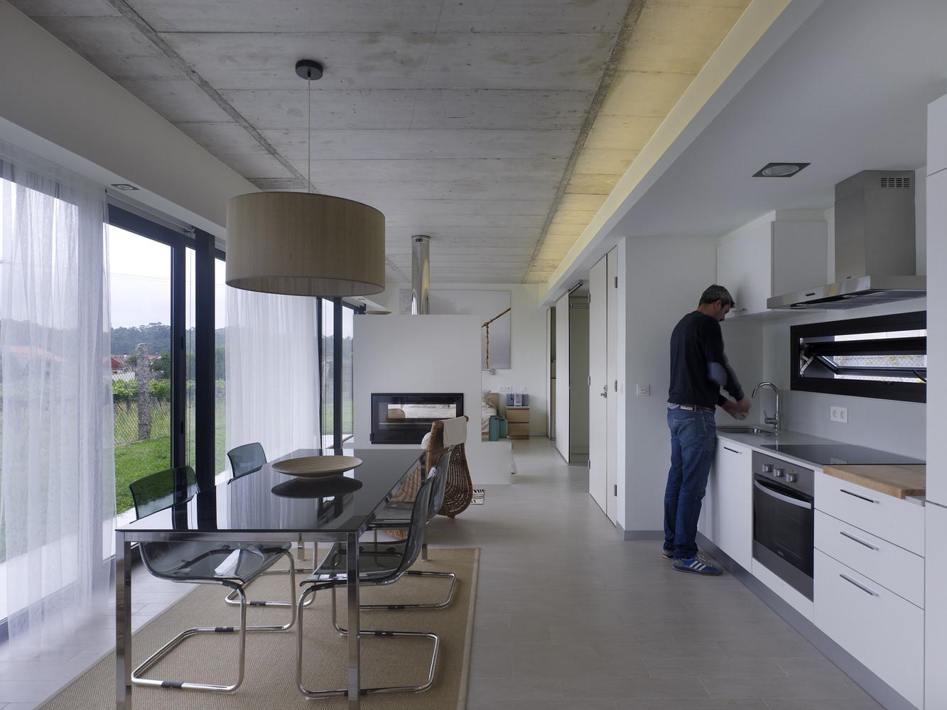Baño Maria Cocina Definicion:Pequeña casa en Rubianes, Vilagarcía de Arosa (Pontevedra): moderna