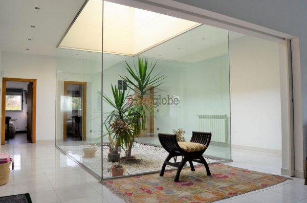 62940833 2583683 foto 569462 600x397 - Descubre este pequeño chalet de estructura moderna y diseño lujoso en Oviedo, Asturias