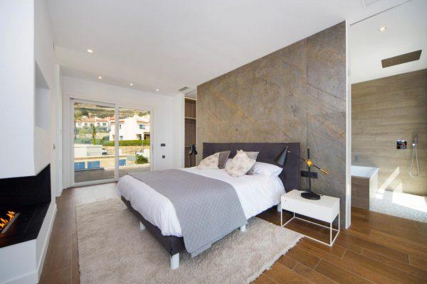 63621276 1985762 foto 196826 600x400 - Descubre esta pequeña villa de estructura moderna y diseño lujoso en Finestrat, Alicante