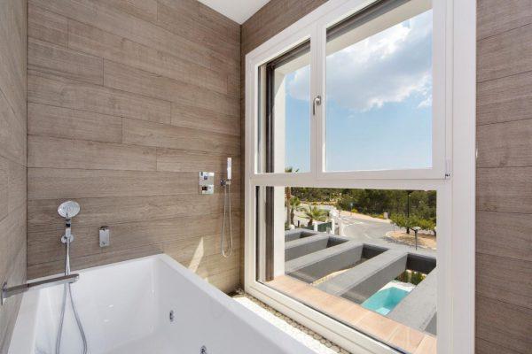 63621276 1985762 foto 214956 600x400 - Descubre esta pequeña villa de estructura moderna y diseño lujoso en Finestrat, Alicante