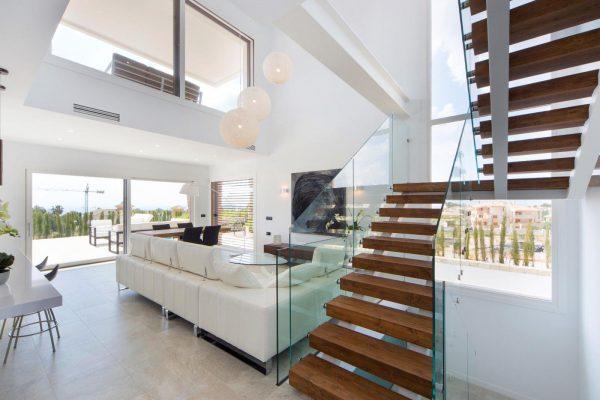 63621276 1985762 foto 490257 600x400 - Descubre esta pequeña villa de estructura moderna y diseño lujoso en Finestrat, Alicante