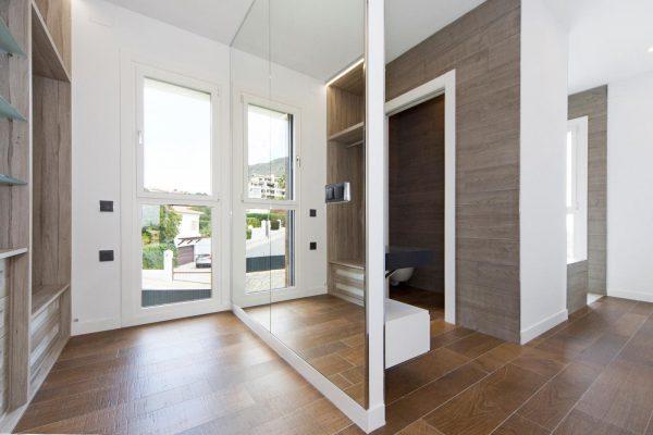 63621276 1985762 foto 512531 600x400 - Descubre esta pequeña villa de estructura moderna y diseño lujoso en Finestrat, Alicante