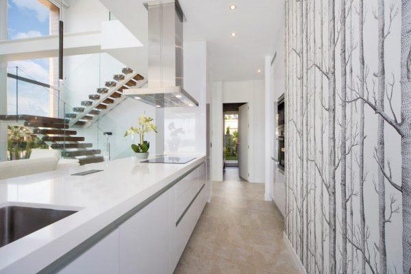 63621276 1985762 foto 632198 600x400 - Descubre esta pequeña villa de estructura moderna y diseño lujoso en Finestrat, Alicante