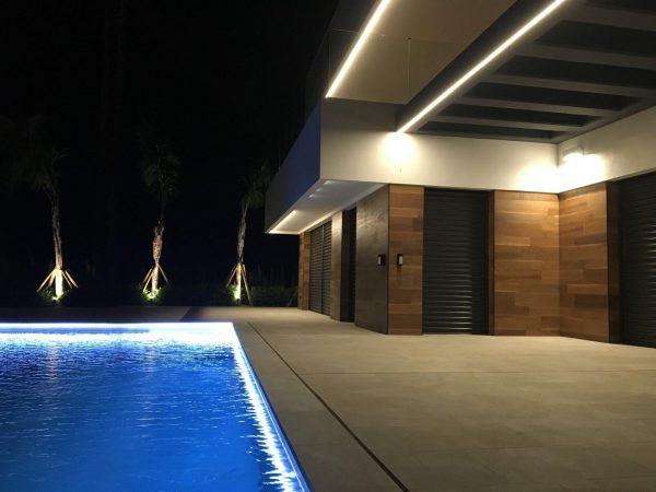 63621276 1985762 foto 993428 600x450 - Descubre esta pequeña villa de estructura moderna y diseño lujoso en Finestrat, Alicante