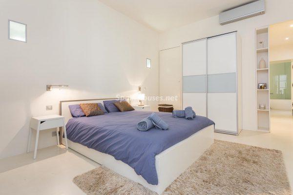 65057482 2048607 foto 195478 600x400 - Apartamento minimalista y moderno en pleno Barrio Gótico de Barcelona