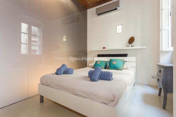 65057482 2048607 foto 327304 600x400 - Apartamento minimalista y moderno en pleno Barrio Gótico de Barcelona
