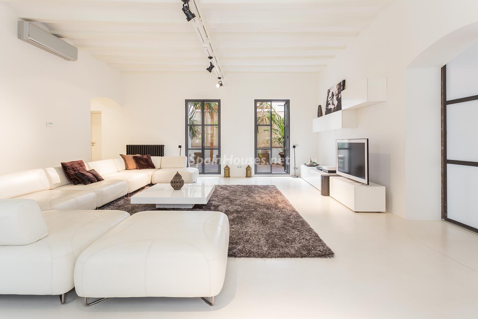 65057482 2048607 foto 436805 - Apartamento minimalista y moderno en pleno Barrio Gótico de Barcelona