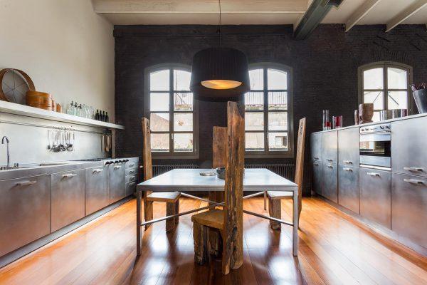 65057482 2048682 foto 669886 600x400 - Un loft de estilo neoyorquino en el corazón de Barcelona